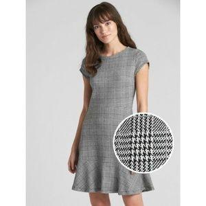 Gap Gray Plaid Fit And Flare Peplum Dress Zip 4